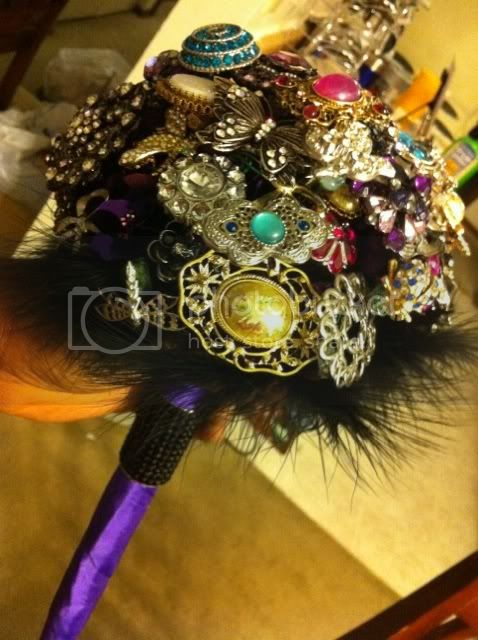 DIY Brooch Bouquet photo 3